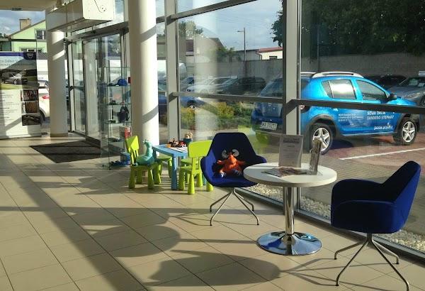 Ford fiesta wypozyczalnia samochodow z lotniska warszawa
