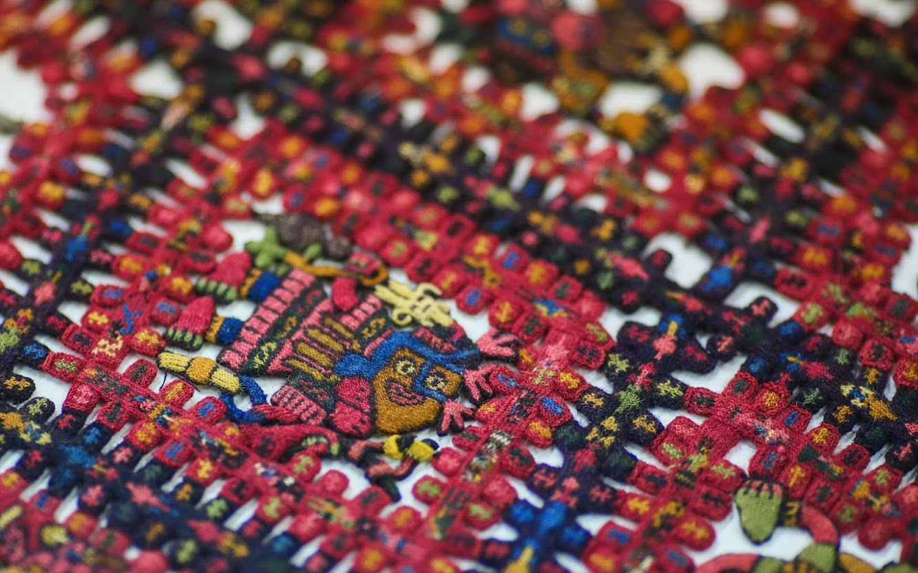 Sweden returns pre-Incan funeral shroud to Peru