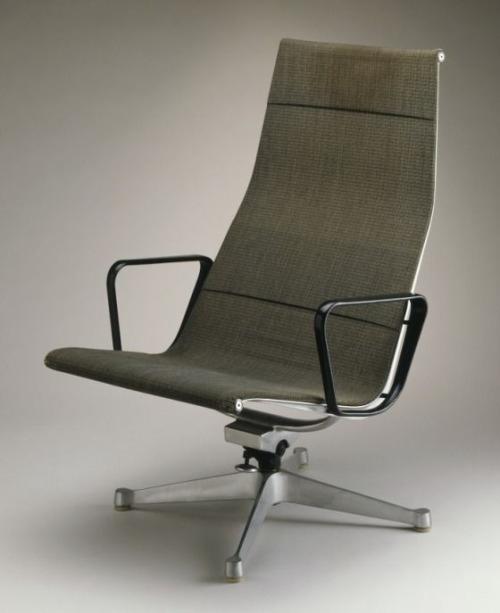 chairsss.jpg