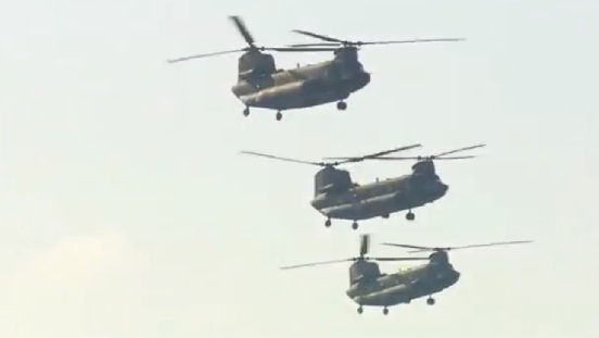 陸上自衛隊第1ヘリコプター団 年頭編隊飛行訓練