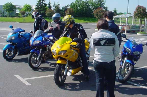 Balade FFMC 35 'spéciale filles' 6 juin 2004