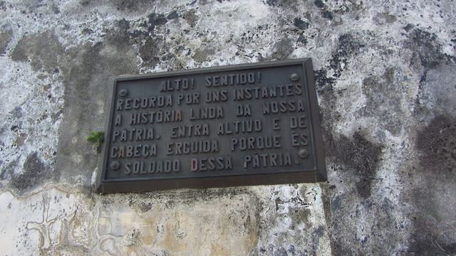 A sign in Portuguese found at an old colonial fort.