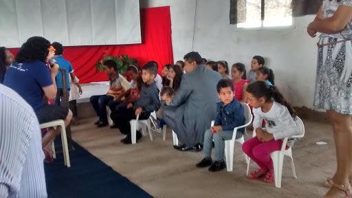 Igreja Adventista Do Sétimo Dia, R. João Berton, 441-587 - Centro, Eng. Coelho - SP, 13165-000, Brasil, Local_de_Culto, estado São Paulo