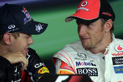 Себастьян Феттель и Дженсон Баттон на пресс-конференции после гонки на Гран-при Сингапура 2011