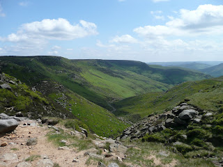 Grindsbrook Clough from the top