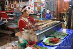 Phi Phi islands - Street vendor / Острова Пхи Пхи - Уличная лавка