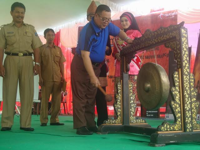 "The 2013 South Sumatera English Edu Festival - ""Raise Your Talent"""