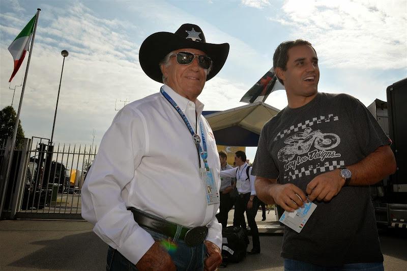 Марио Андретти и Хуан Пабло Монтойя в паддоке Монцы на Гран-при Италии 2014