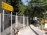 何福堂書院旁邊,通往井頭上村的小路。