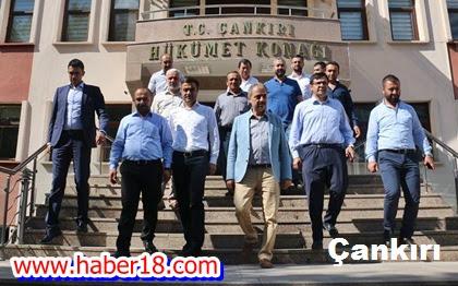 Belediye Meclis Üyeleri  Vali Mesut Köse'yi Ziyaret Ettiler