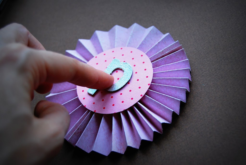 Гирлянды на день рождения из бумаги своими руками