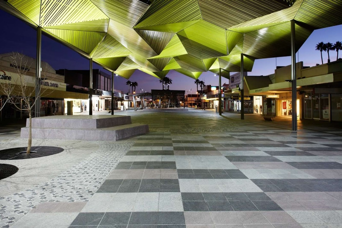04-Langtree-Mall-Pavilion-by-Bellemo-&-Cat