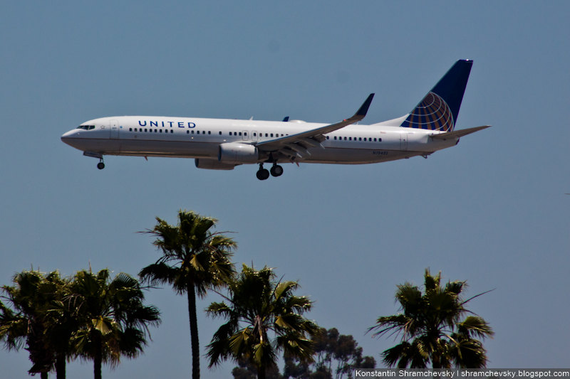 USA California San Diego Internagional Airport Lindbergh Field United Boeing 737 США Калифорния Сан-Диего Международный Аэропорт Линдберг Филд поле Юнайтед Боинг 737