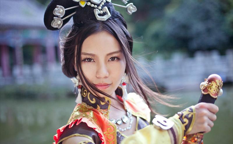 Khi nữ hiệp Tàng Kiếm Sơn Trang giải sầu bằng rượu - Ảnh 7