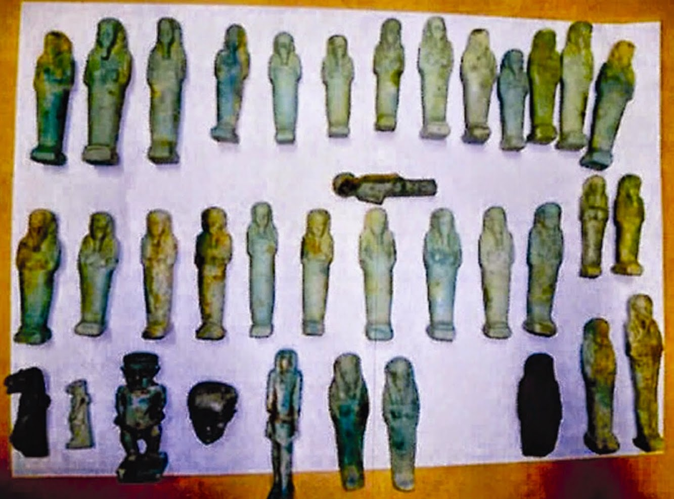 France to return 239 artefacts to Egypt