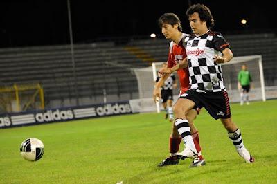 Серхио Перес на футбольном матче Nazionale Piloti перед Гран-при Италии 2011 в Монце