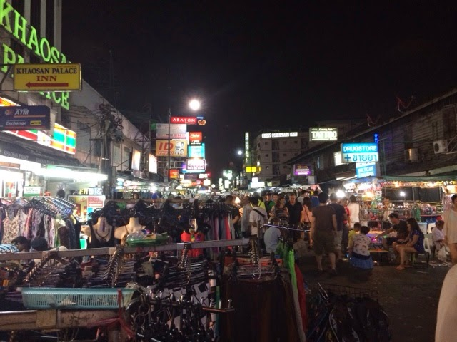 Backpacker Central - Khaosan Road - Bangkok, Thailand
