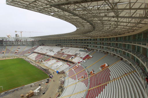 [Imagen: Estadio%252520Nacional%252520Lima.jpg]