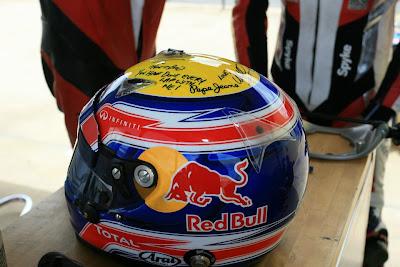 шлем Марка Уэббера на Queensland Raceway 29 декабря 2011