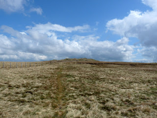 Approaching Harrop Pike