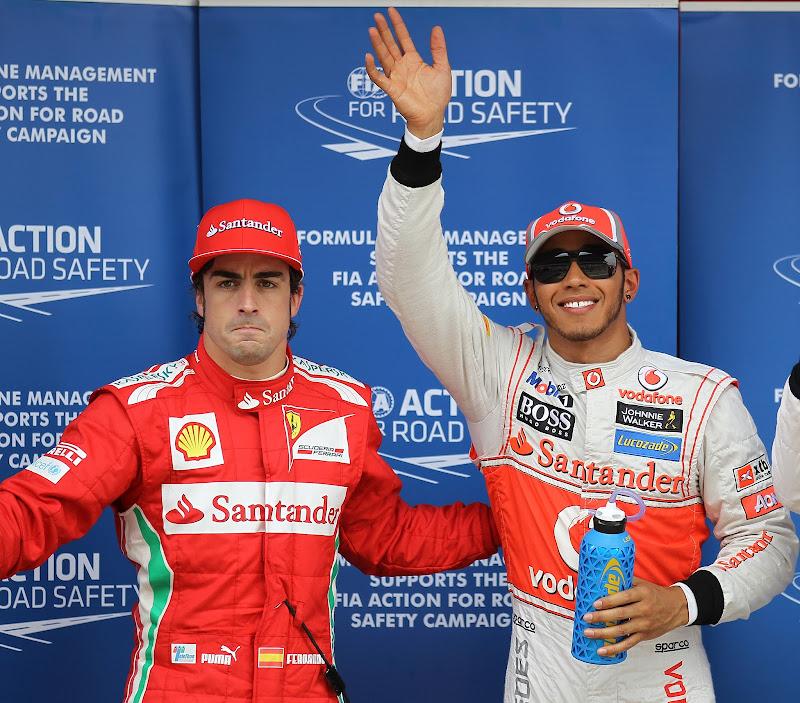 Фернандо Алонсо и Льюис Хэмилтон после квалификации на Гран-при Испании 2012
