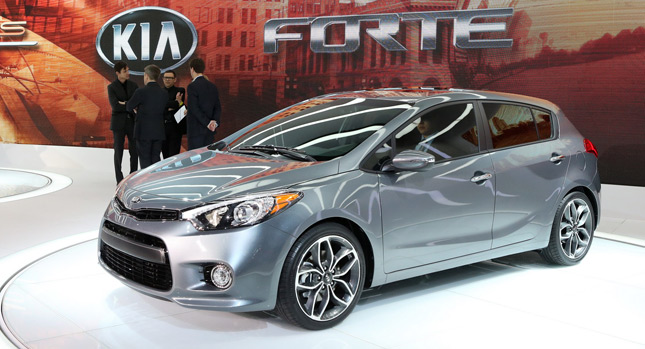 2014 kia forte 5 door comes in 201hp and 173hp guises photos videos. Black Bedroom Furniture Sets. Home Design Ideas