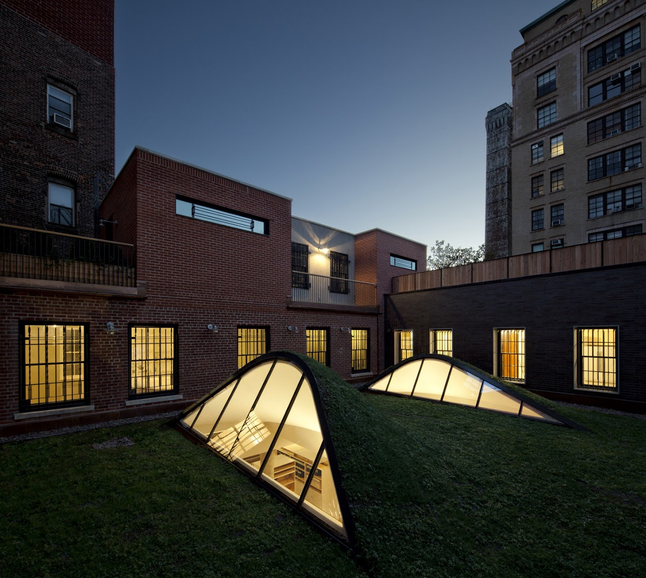 New York, Stati Uniti: Artist Residence And Studio by Caliper