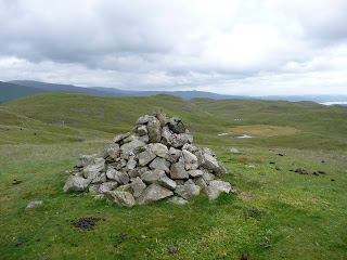 Swinscar Pike Summit looking to Lang How and Silver How