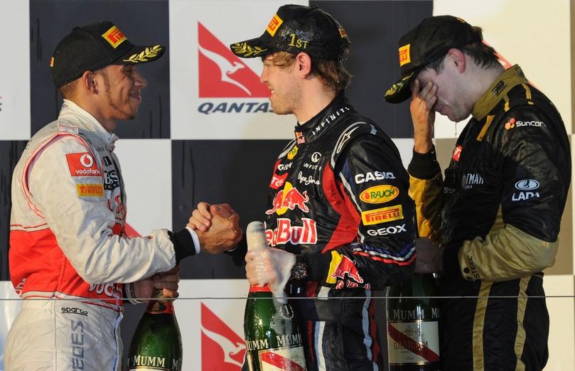 подиум Альберт-Парка и фэйспалмящий Виталий Петров на Гран-при Австралии 2011