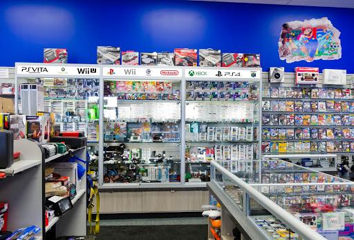 Cashopolis Saskatoon, 1521 Idylwyld Dr N, Saskatoon, SK S7L 1A9, Canada, Video Game Store, state Saskatchewan