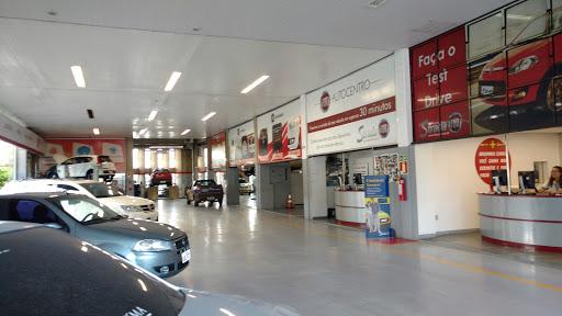 Strada Veiculos Fiat - São Francisco, R. Maj. Delfino de Paula, 1090 - São Francisco, Belo Horizonte - MG, 31255-170, Brasil, Stand_de_Automoveis, estado Minas Gerais