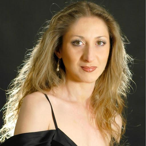 Suzanne Danco - Suzanne Danco