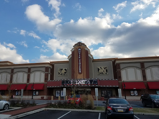 Movie Theater Movie Tavern Reviews And Photos 110 Bartlett Ave