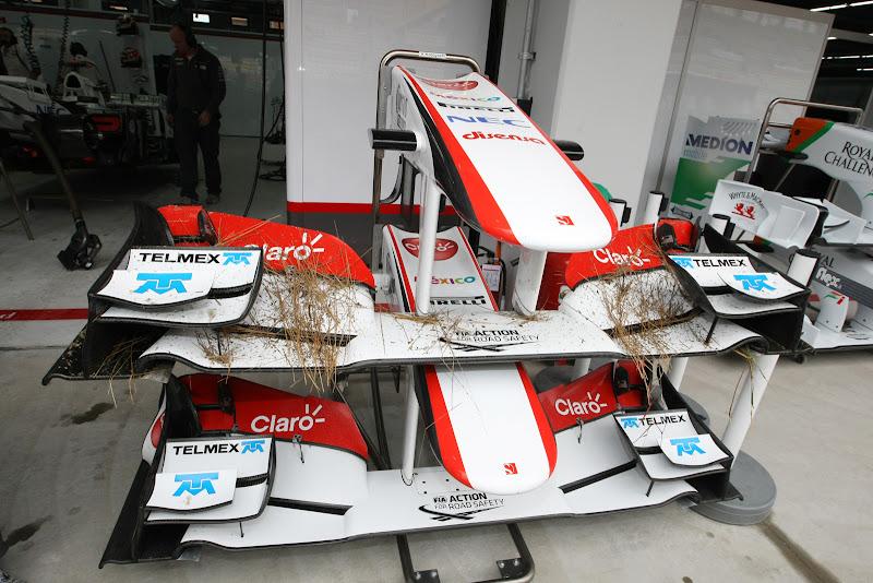 сено на передних крыльях Sauber на Гран-при Кореи 2011