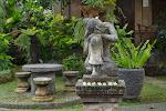 ogród w stylu balijskim przy naszym hotelu w Ubud