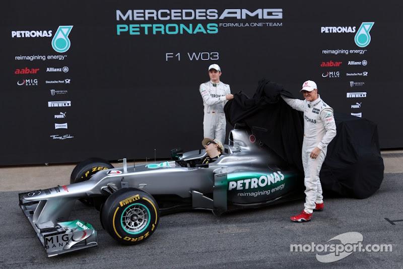 Кими Райкконен уснул в болиде Mercedes - фотошоп pinnacle racing