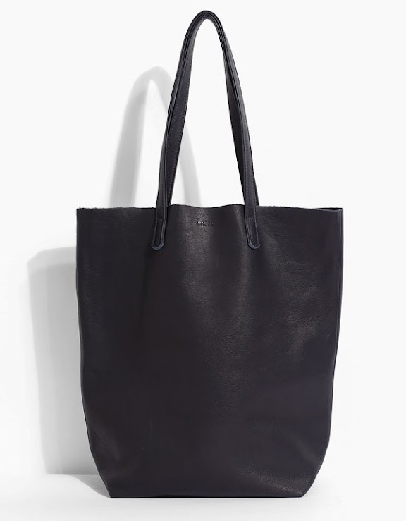 baggu-simple-leather-tote-in-navy.jpg