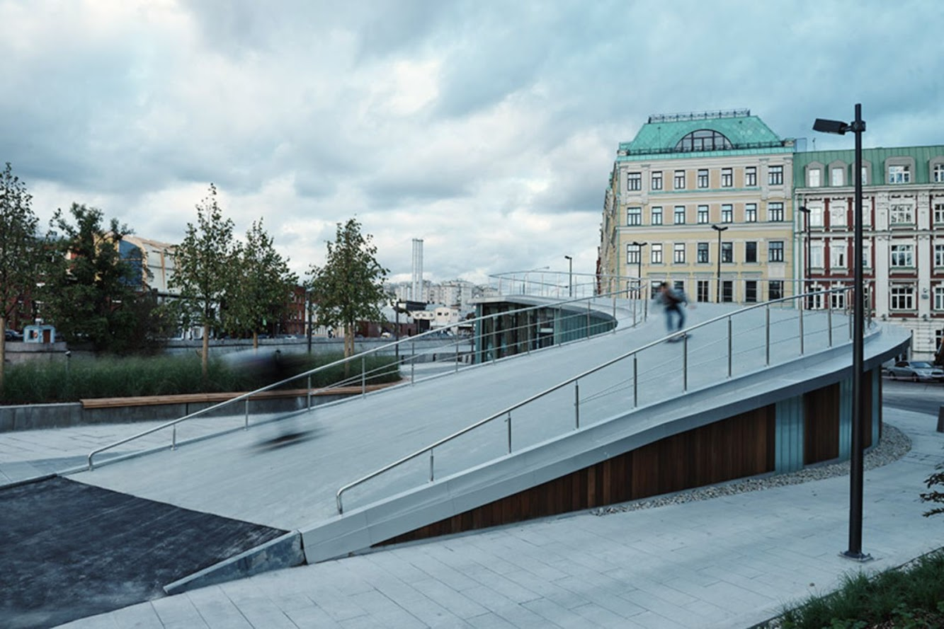 Russia krymskaya embankment by wowhaus art architecture for Design of pond embankment
