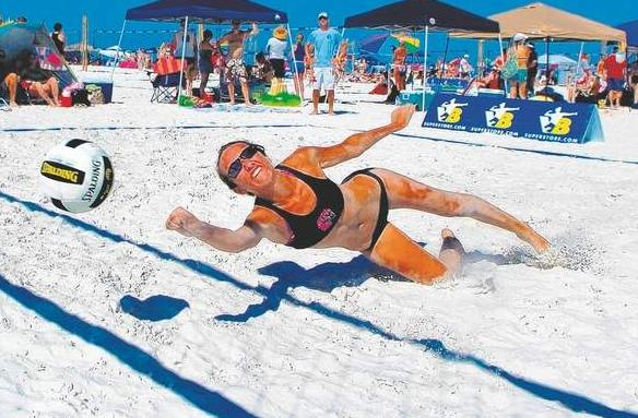 Beach Hours Daytime Activities At Clearwater Beach - Play Volleyball
