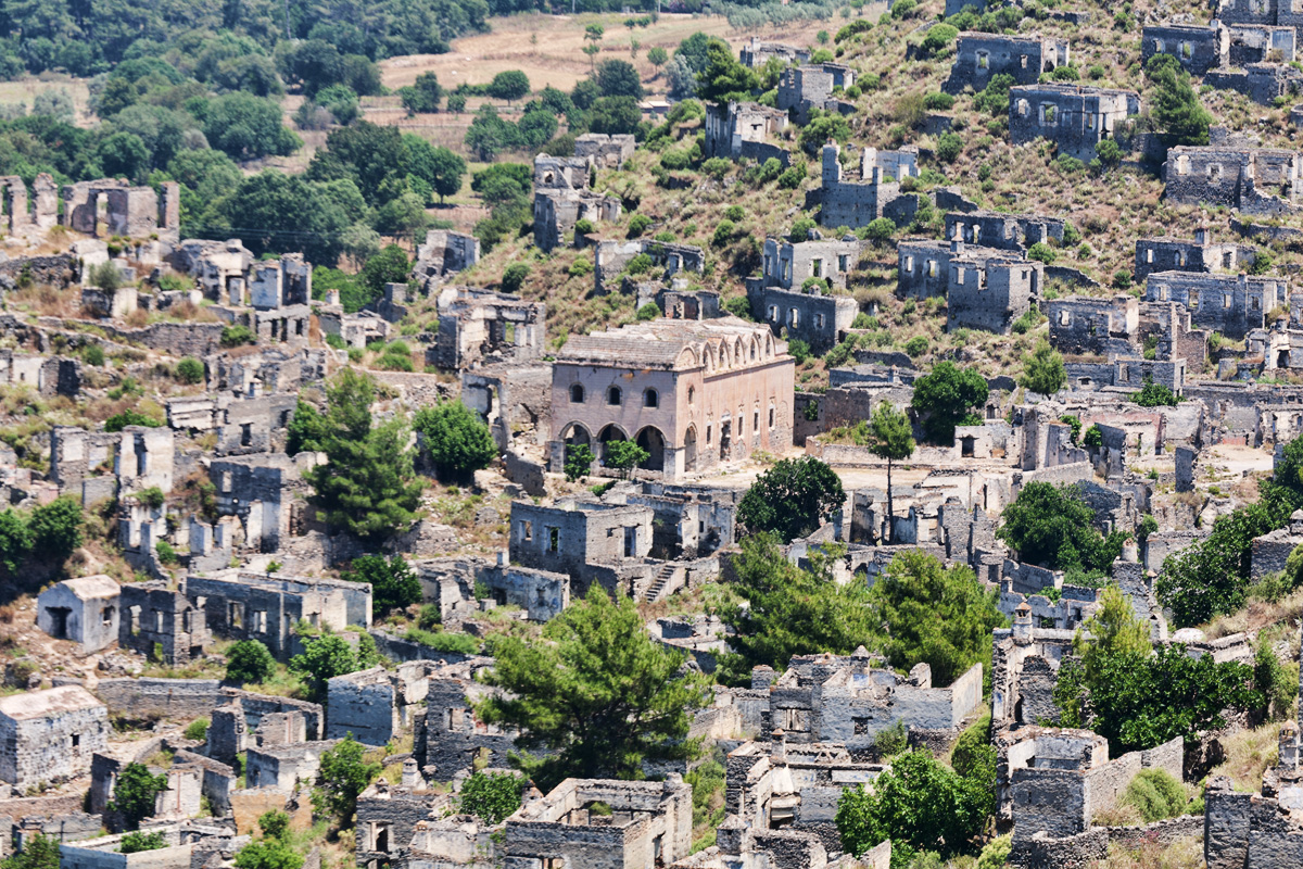 Historic Greek village in SW Turkey left to decay