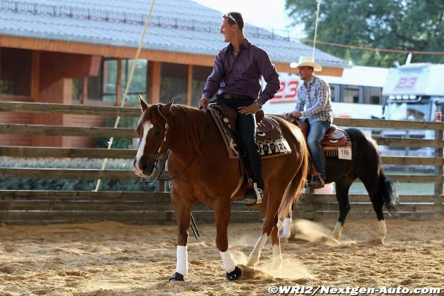 Михаэль Шумахер на лошади