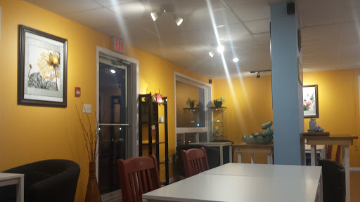 Lotus Cafe & Restaurant, 1010 Hanwell Rd, Fredericton, NB E3B 6A4, Canada, Chinese Restaurant, state New Brunswick
