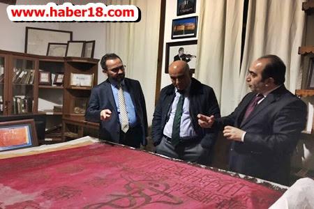 YÖK üyeleri Prof. Dr. Abdullah Çavuşoğlu ve Doç. Dr. Ömer Açıkgöz