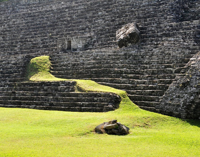 Palenque, Mexico: December 2, 2011 - Mile 7300