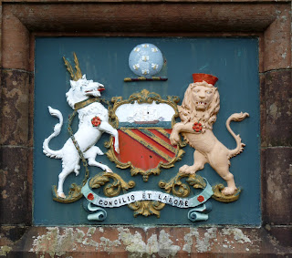 A coat of arms above Thirlmere dam