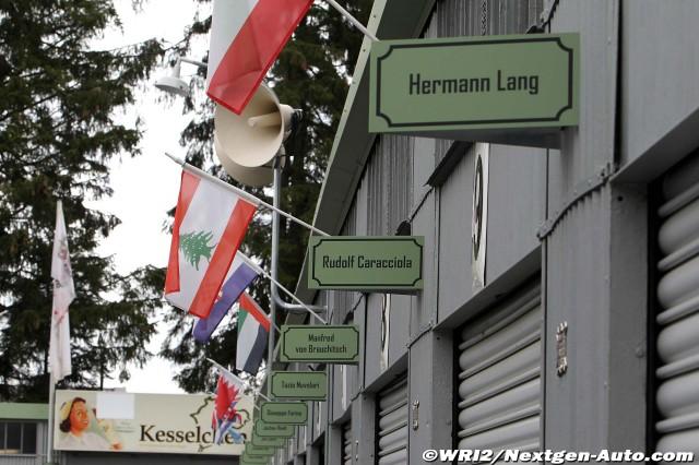 таблички над боксами: Герман Ланг, Рудольф Караччиола на Нюрбургринге во время уикэнда Гран-при Германии 2011