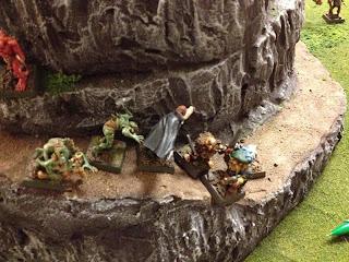 Vampire charges Dwarves!