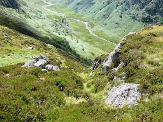 A steep way down to Langstrath. Not for us today.