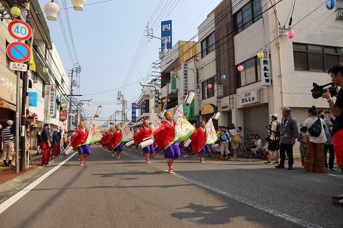 第60回よさこい祭り☆本祭1日目・万々競演場10☆上1目1035