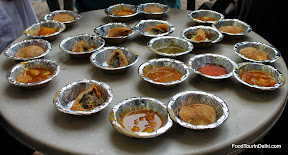 Best street food in India http://indiafoodtour.com  http://foodtourindelhi.com
